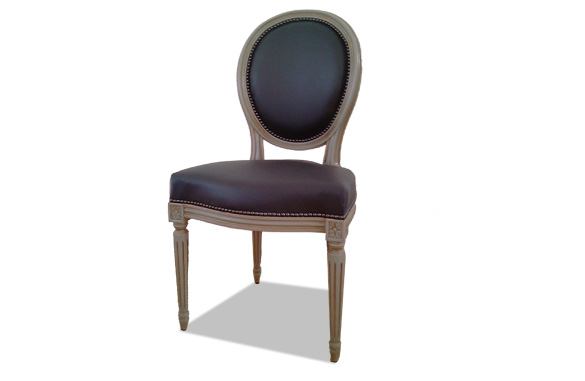 Chaise louis xvi m daillon cuir meubles hummel for Chaise medaillon cuir