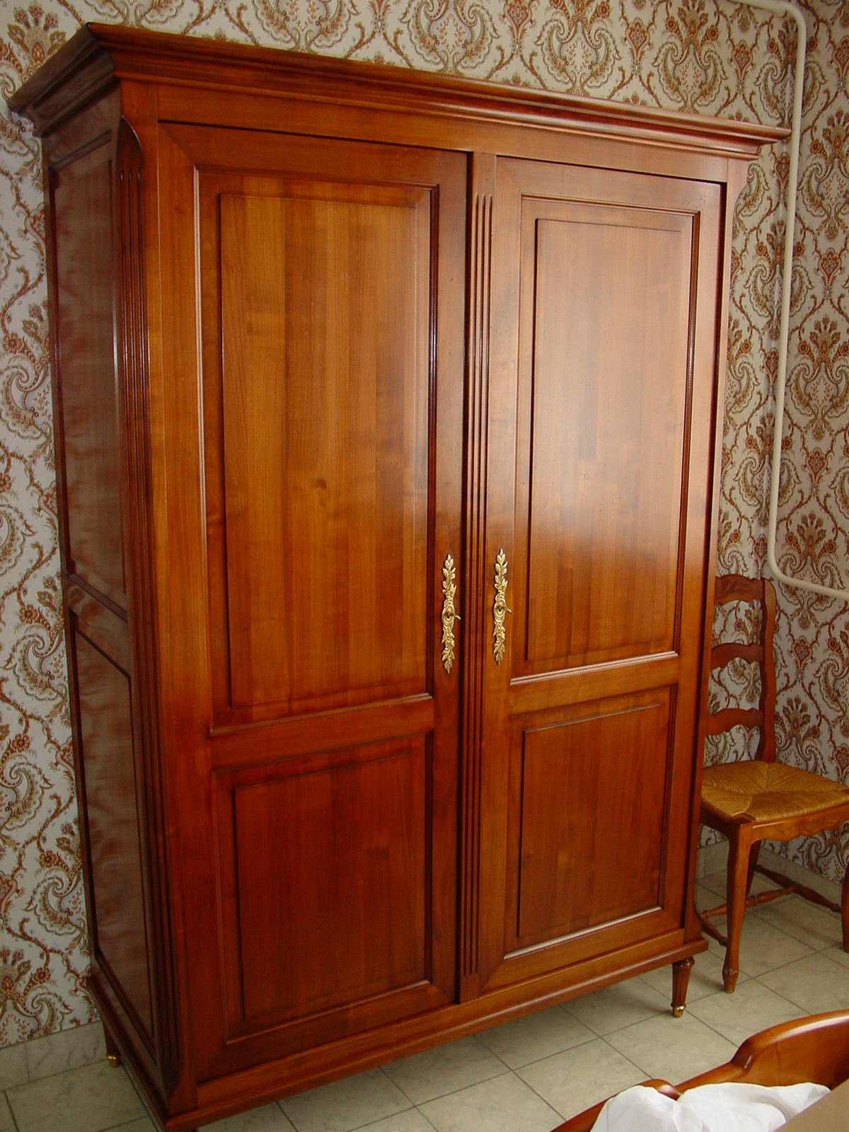 Armoire louis xvi meubles hummel for Meuble louis xvi