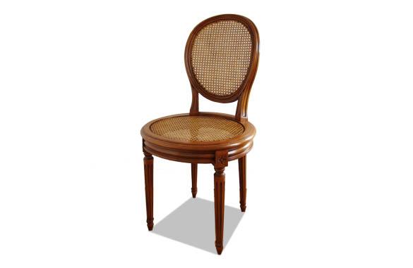 Chaise Louis XVI médaillon cannée assise ronde