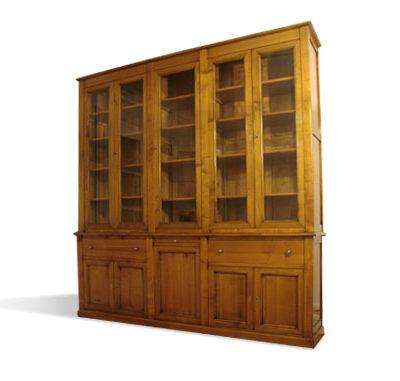 Bibliothèque en bois massif sur-mesure
