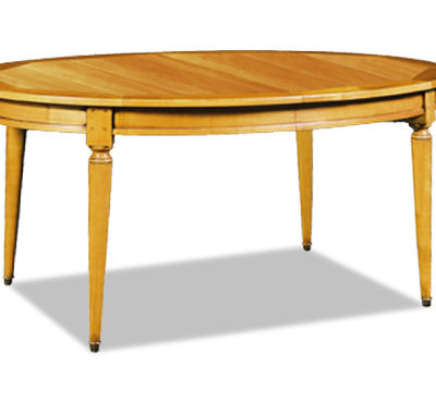 Table ovale au style Louis Philippe en merisier